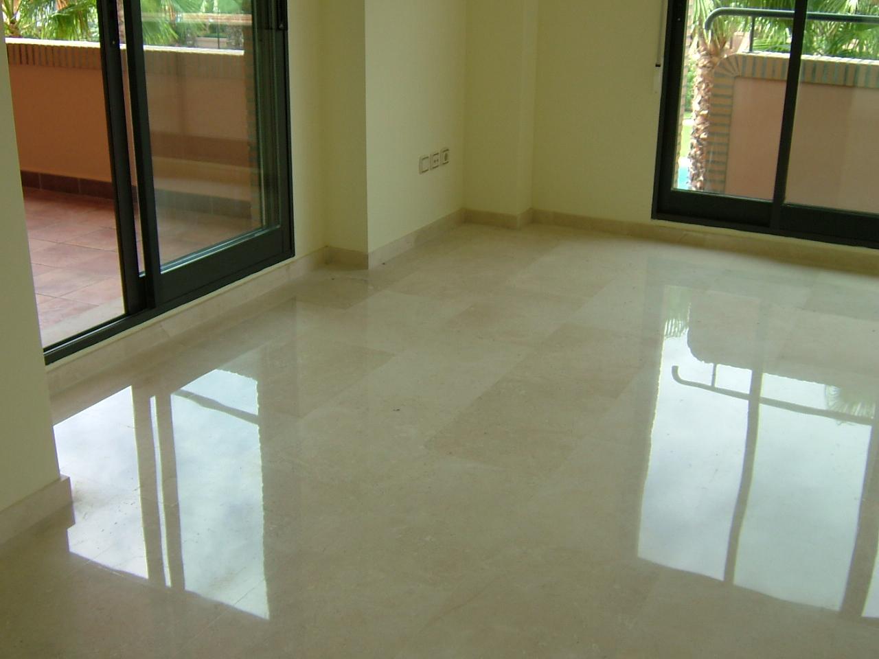 Pulir suelo marmol precio