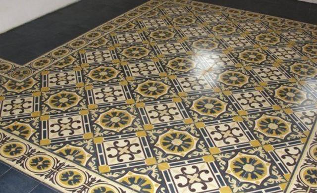 Restauracion suelos hidraulicos barcelona labaietador for Suelo hidraulico antiguo